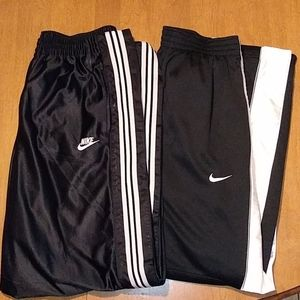 2 pair of Nike Athletic Pants Size Large